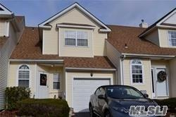 3 Blueberry Ct, Melville, NY 11747 (MLS #3095369) :: Keller Williams Points North