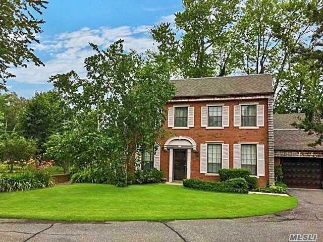 14 Admirals Dr, Bay Shore, NY 11706 (MLS #3099829) :: The Lenard Team