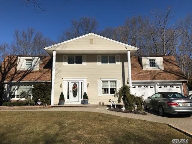 35 Wichard Blvd, Commack, NY 11725 (MLS #3101536) :: Signature Premier Properties