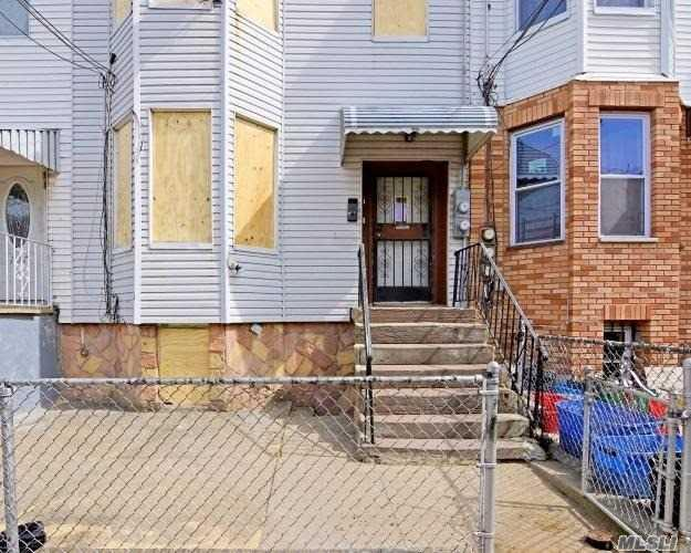 109 Sheridan Ave, Brooklyn, NY 11208 (MLS #3109587) :: Shares of New York
