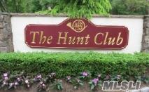 45 Hunt Dr, Jericho, NY 11753 (MLS #3110002) :: The Lenard Team