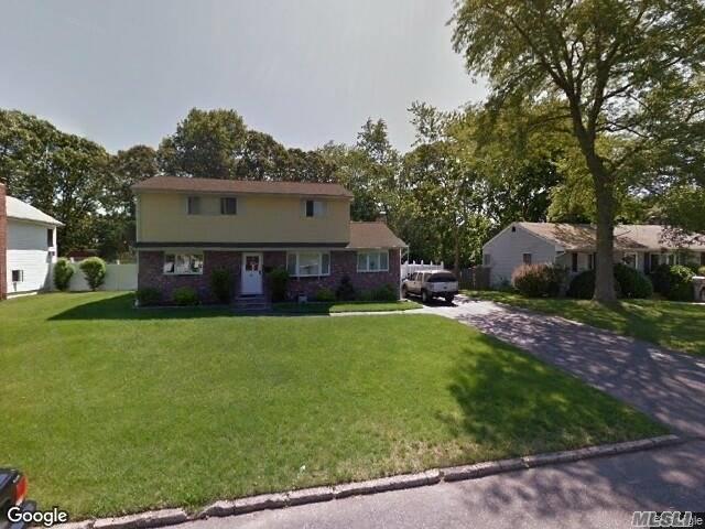 32 Picket Ln, Centereach, NY 11720 (MLS #3111174) :: Keller Williams Points North