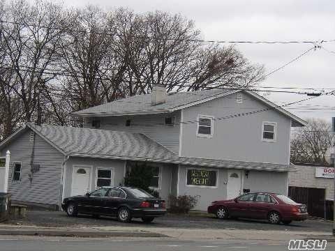 324 Route 109, W. Babylon, NY 11704 (MLS #3112077) :: Netter Real Estate