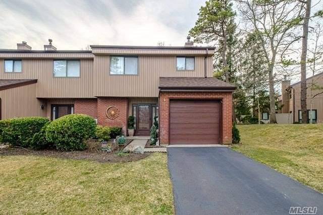 123 Timber Ridge Dr, Holbrook, NY 11741 (MLS #3115465) :: Keller Williams Points North