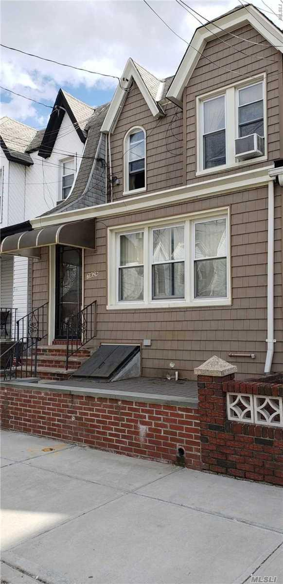 78-26 68th Ave, Middle Village, NY 11379 (MLS #3117614) :: Shares of New York