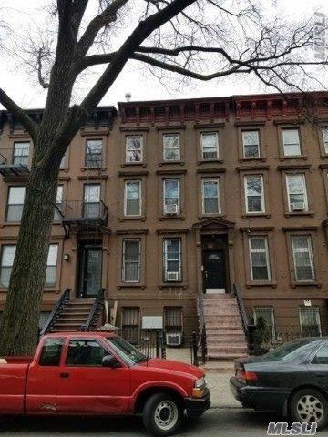 123 Albany Ave, Brooklyn, NY 11213 (MLS #3118820) :: The Lenard Team