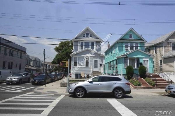 116-01 107 Ave, Richmond Hill S., NY 11419 (MLS #3120650) :: Keller Williams Points North