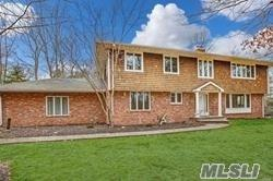 39 Hilltop Dr, Laurel Hollow, NY 11791 (MLS #3121133) :: Signature Premier Properties