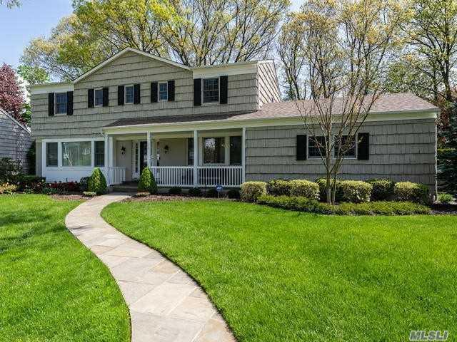 34 Partridge Dr, East Hills, NY 11576 (MLS #3128133) :: Signature Premier Properties