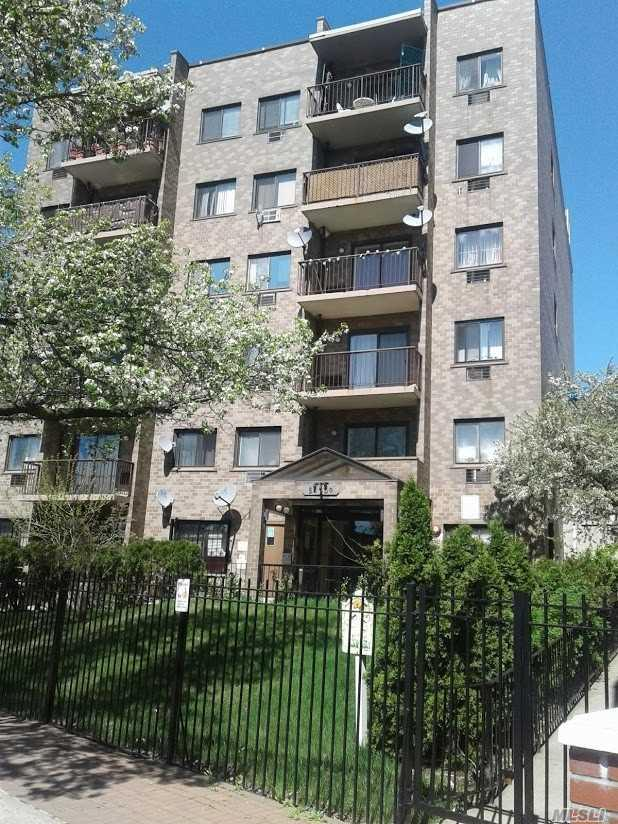 54-09 108 St 6A, Corona, NY 11368 (MLS #3129920) :: HergGroup New York