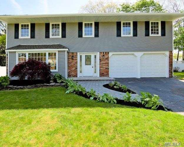 97 Wedgewood Dr, Hauppauge, NY 11788 (MLS #3129939) :: Keller Williams Points North