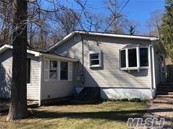 87 Lone Oak Dr, Centerport, NY 11721 (MLS #3130442) :: Signature Premier Properties