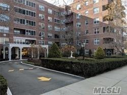 67-38 108th St D55, Forest Hills, NY 11375 (MLS #3130800) :: Shares of New York