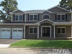 117 Berkeley Pl, Massapequa, NY 11758 (MLS #3131578) :: Signature Premier Properties