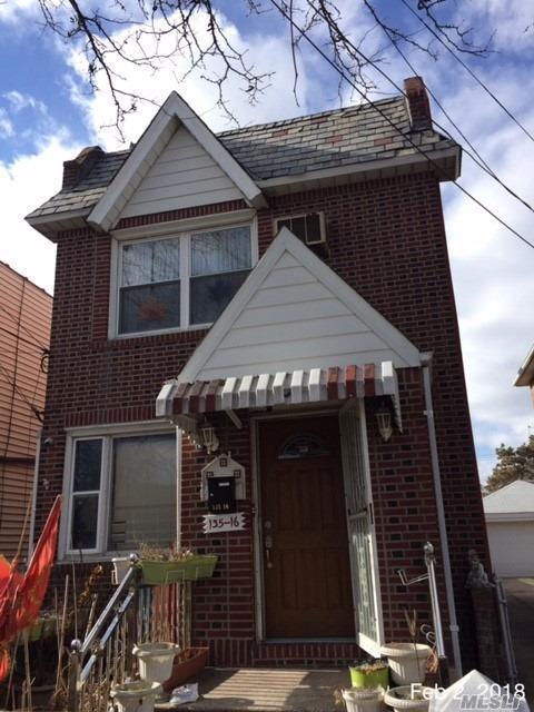135-16 115th St, S. Ozone Park, NY 11420 (MLS #3131918) :: Signature Premier Properties