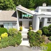 10 W View Dr, Upper Brookville, NY 11771 (MLS #3132064) :: Netter Real Estate