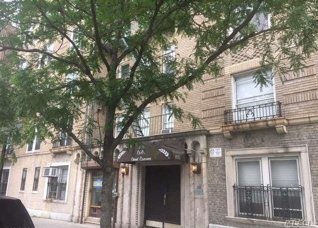 1075 Grand Concourse 3C, Out Of Area Town, NY 10452 (MLS #3135625) :: Shares of New York