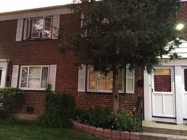 221-42 Manor Rd, Queens Village, NY 11427 (MLS #3136527) :: Shares of New York