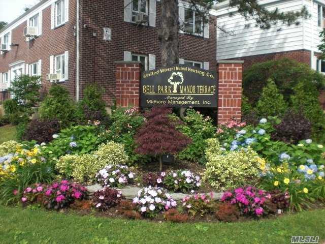 224-09 Manor Rd Upper, Queens Village, NY 11427 (MLS #3137236) :: Shares of New York