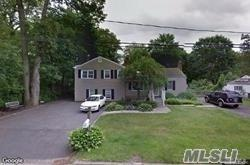 99 Sunrise Ln, Smithtown, NY 11787 (MLS #3137799) :: Signature Premier Properties