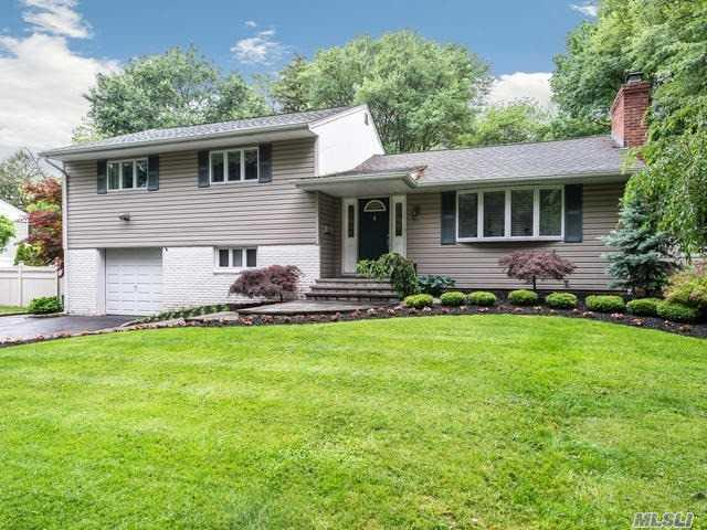 29 Oregon Dr, Huntington Sta, NY 11746 (MLS #3138887) :: Signature Premier Properties