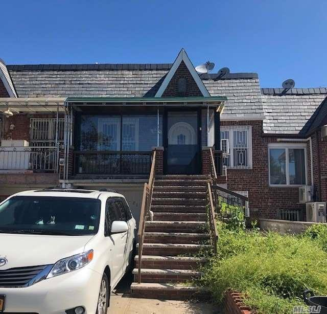 146-21 59 Ave, Flushing, NY 11355 (MLS #3139802) :: Signature Premier Properties