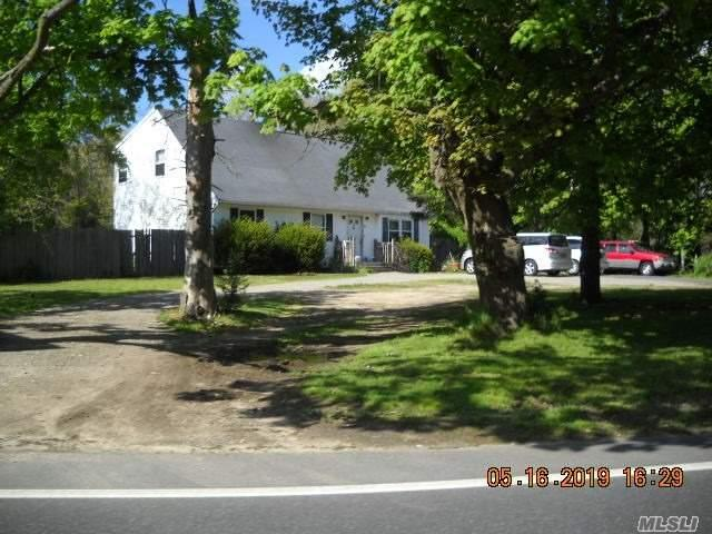 Manorville, NY 11949 :: Netter Real Estate
