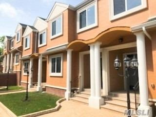 85-93 Steamboat Rd #1, Great Neck, NY 11024 (MLS #3140274) :: Netter Real Estate