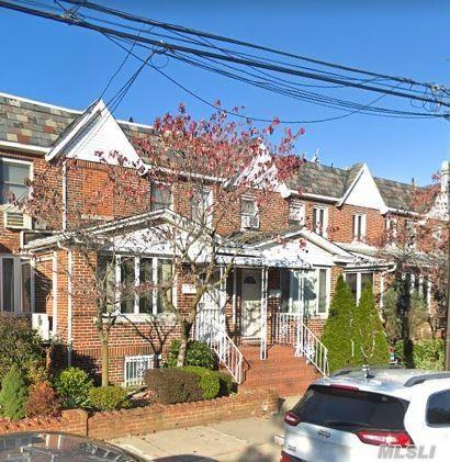 7718 87th St, Glendale, NY 11385 (MLS #3140505) :: Netter Real Estate