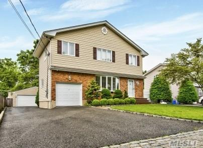 74 Woodlawn Ave, Deer Park, NY 11729 (MLS #3141001) :: RE/MAX Edge