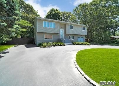 17 Bay Ave, Ronkonkoma, NY 11779 (MLS #3141830) :: HergGroup New York