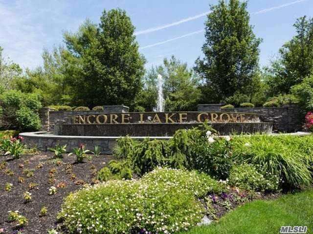 101 Symphony Dr, Lake Grove, NY 11755 (MLS #3143711) :: Keller Williams Points North