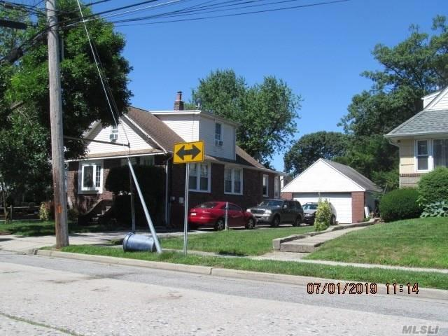 122 Boden Ave, Valley Stream, NY 11580 (MLS #3147843) :: Signature Premier Properties