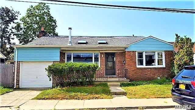 326 E Bay Dr, Long Beach, NY 11561 (MLS #3148130) :: Netter Real Estate