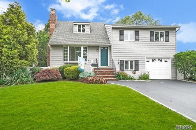 63 Roy Ave, Massapequa, NY 11758 (MLS #3148960) :: Netter Real Estate