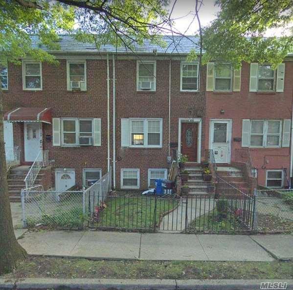 110-12 172nd St, Jamaica, NY 11433 (MLS #3149014) :: Netter Real Estate