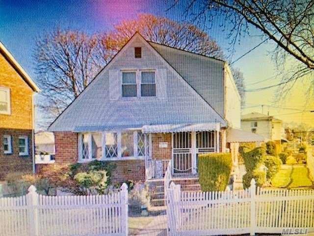 117-49 Nashville Blvd Blvd, Cambria Heights, NY 11411 (MLS #3149875) :: Keller Williams Points North