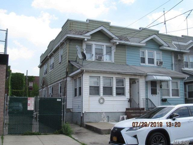 92-13 76th St, Woodhaven, NY 11421 (MLS #3154960) :: Kevin Kalyan Realty, Inc.