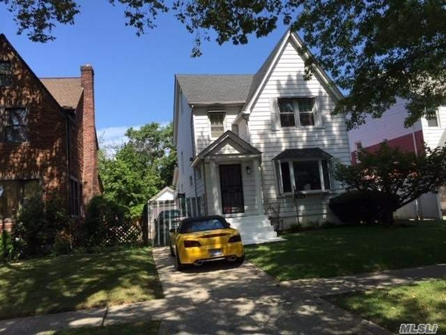 178-31 137th Ave, Springfield Gdns, NY 11413 (MLS #3155058) :: Netter Real Estate