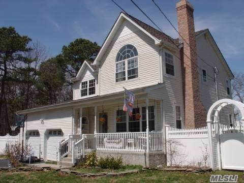 85 Mowbray St, Patchogue, NY 11772 (MLS #3164465) :: Signature Premier Properties