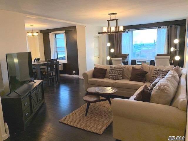 32-15 Avenue H, Flatbush, NY 11210 (MLS #3164889) :: Netter Real Estate