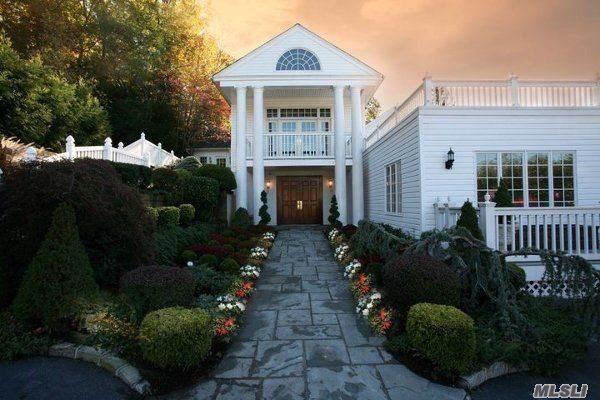 1036 Fort Salonga Rd, Northport, NY 11768 (MLS #3166265) :: Netter Real Estate