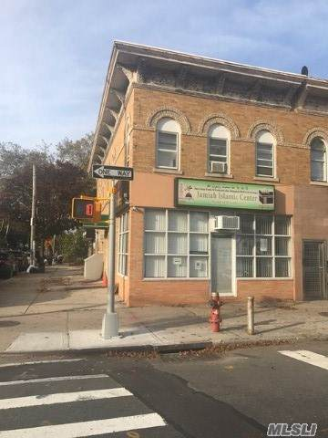 Woodhaven, NY 11421 :: Shares of New York