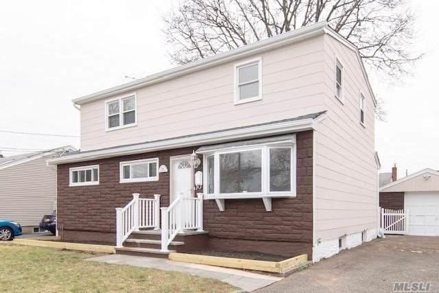 55 9th Ave, Mineola, NY 11501 (MLS #3167256) :: Kevin Kalyan Realty, Inc.