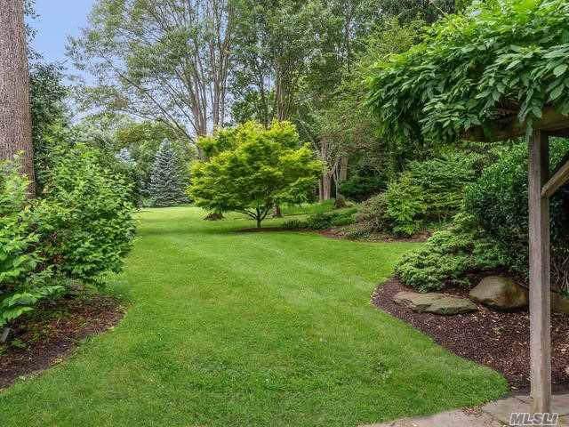 28 Mowbray Ln, Cold Spring Hrbr, NY 11724 (MLS #3171337) :: Signature Premier Properties