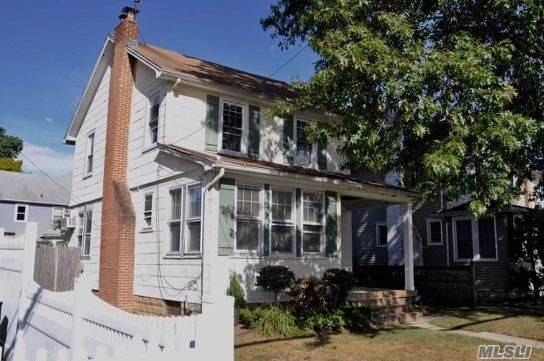 10 William St, Rockville Centre, NY 11570 (MLS #3171516) :: Kevin Kalyan Realty, Inc.