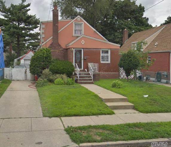 11 Everett St, Valley Stream, NY 11580 (MLS #3173389) :: Signature Premier Properties