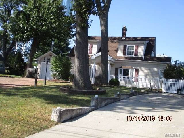 668 Dauntless Pkwy, Elmont, NY 11003 (MLS #3173786) :: Signature Premier Properties