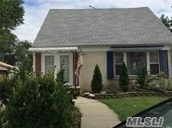 8141 243 St, Bellerose, NY 11426 (MLS #3173819) :: Signature Premier Properties