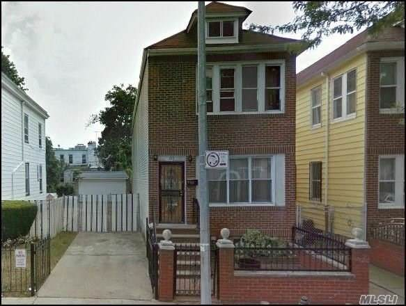 215 E 35th Street St, East Flatbush, NY 11203 (MLS #3177549) :: HergGroup New York